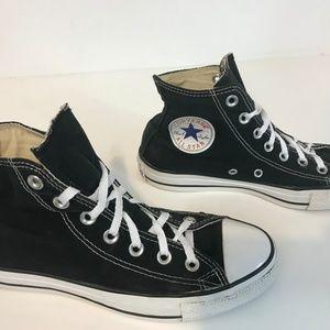 Converse Chuck Taylor All Star Sneaker 5.5 Men 7.5